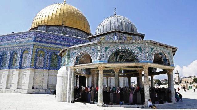 Permalink ke Sekelompok Yahudi Menerobos ke Kompleks Al Aqsa untuk Paskah