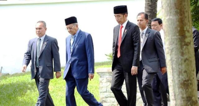 Permalink ke Selamati Jokowi, Mahathir Harap Kerja Sama Malaysia-RI Makin Erat