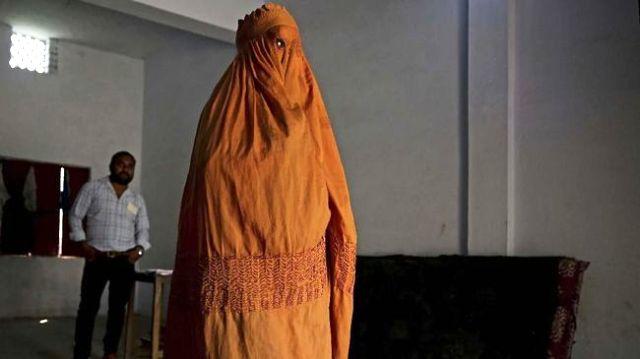Permalink ke India Resmikan Aturan Larang Praktik Perceraian 'Talak Tiga'