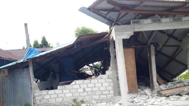 Permalink ke 2.675 Rumah Rusak Akibat Gempa Ambon