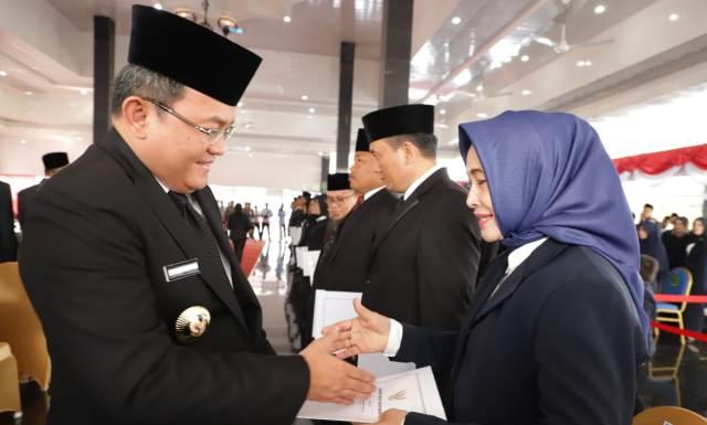 Permalink ke Bupati Muba Dodi Reza Aelx Lantik 213 Pejabat