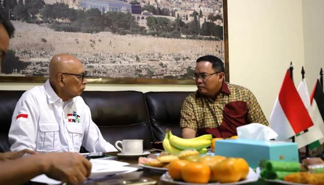 Permalink ke November, Dodi Reza Bawa Uang Donasi ke Palestina
