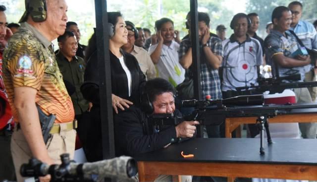 Permalink ke Gubernur dan Perbakin Sumsel Latihan Menembak di Babel