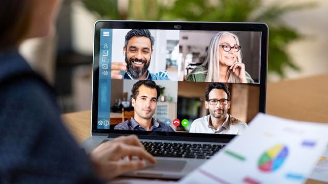 Permalink ke 5 Tips Wawancara Kerja via Video Conference