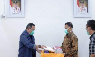 Permalink ke Dodi Reza Salurkan Bantuan APD ke RS Muhammadiyah Palembang