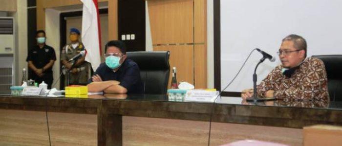 Pemprov Sumsel Serahkan PCR Seri Terbaik ke BBLK Palembang