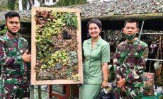 Permalink ke Siasati Masa Pandemi, Mia Kunto Arief Wibowo Kembangkan Succulents on Frame