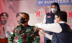 Permalink ke Pangdam II/Sriwijaya Salah Seorang Pertama Disuntik Vaksin Covid-19